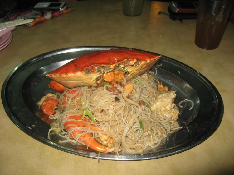 Crab and noodles
