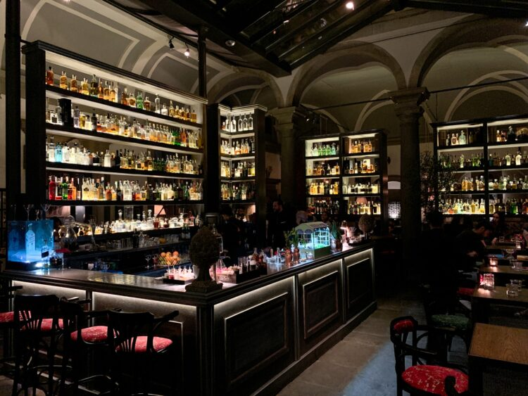 The bar at Locale Firenze