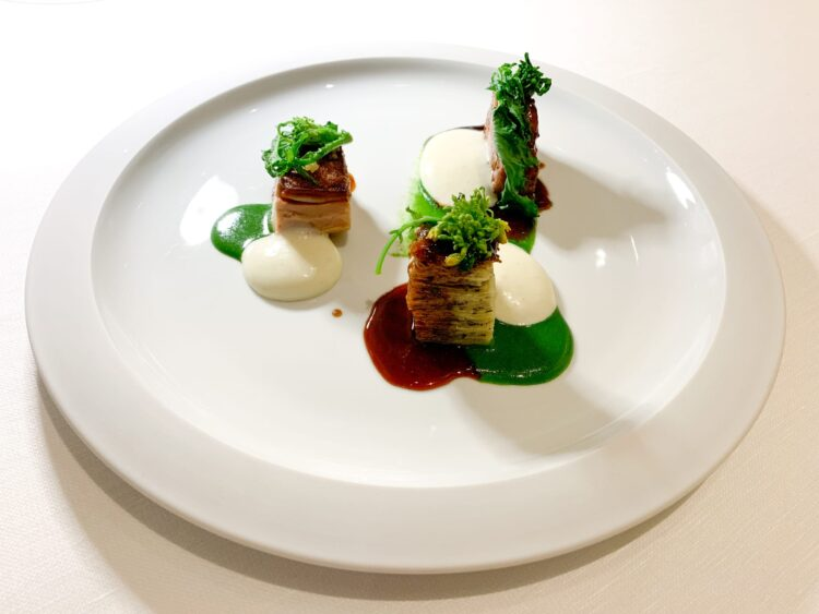"""Mora Romagnola piglet, millefeuil of potatoes and """"friarielli"""" broccoli"""