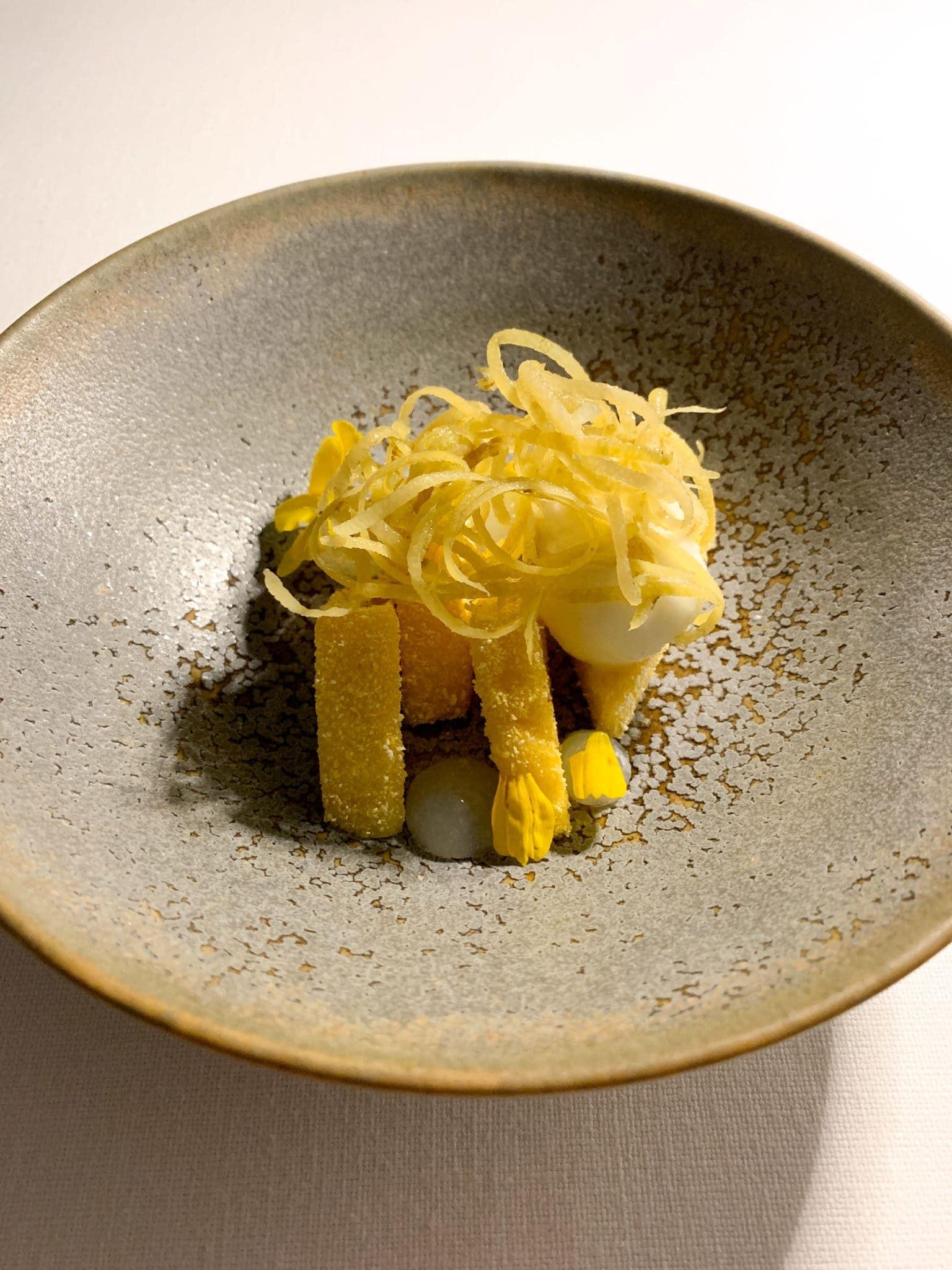 Crispy polenta with lemon zest and ice cream
