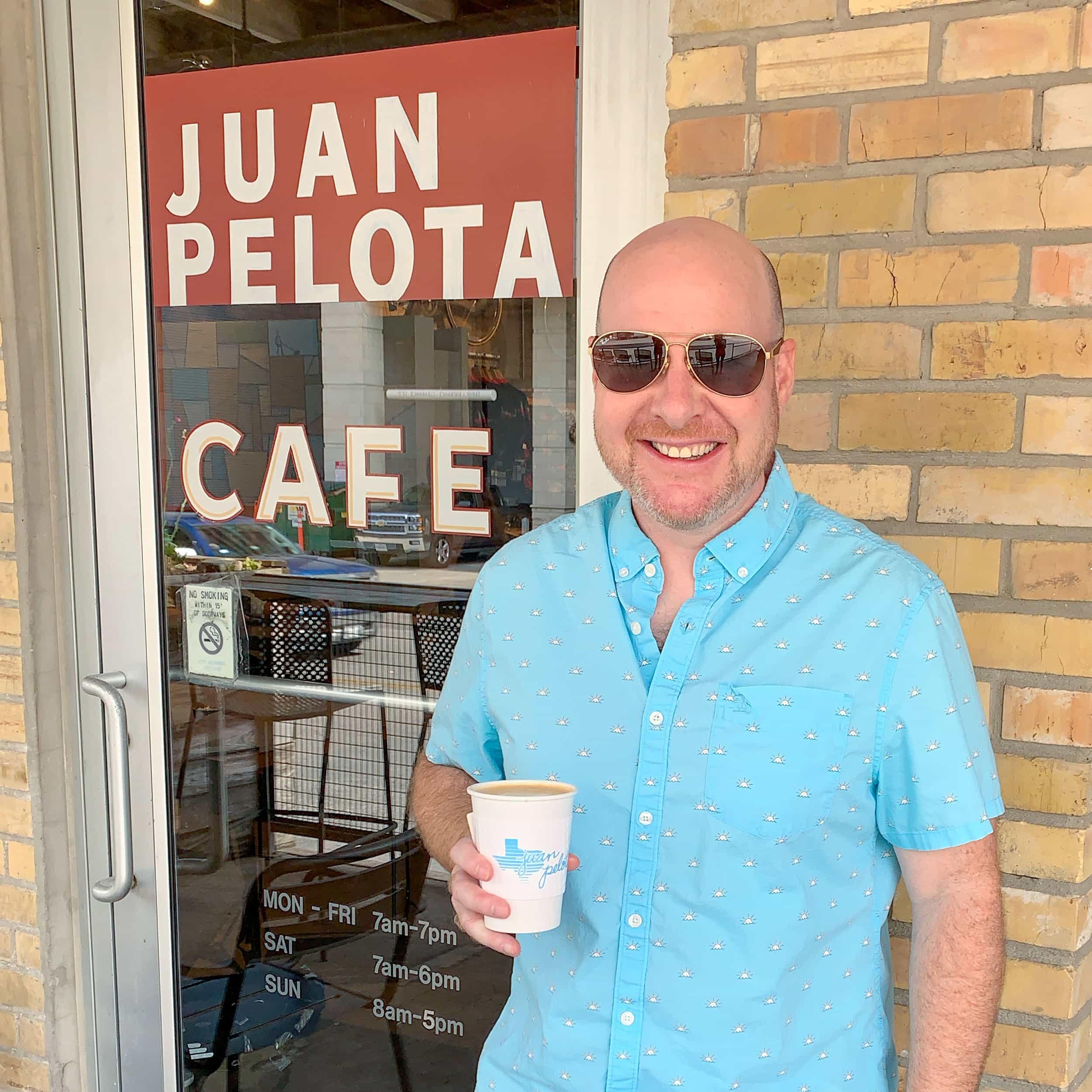 Me outside Juan Pelota Cafe (photo: Alicia Saba)