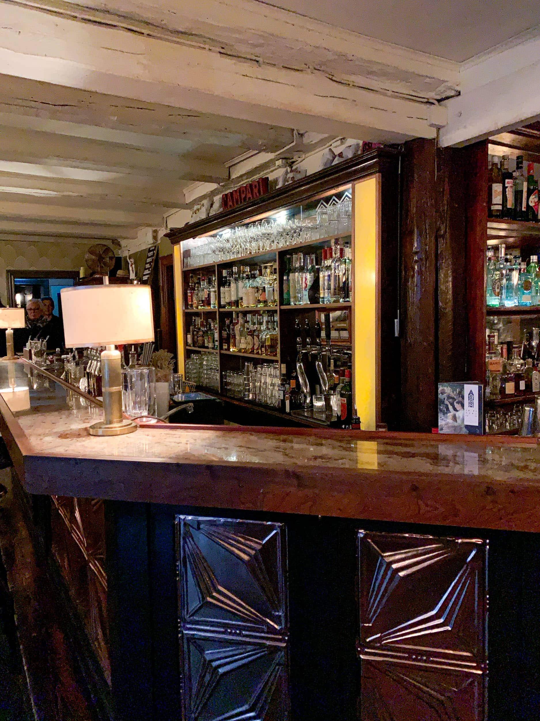 Strøm cocktail bar