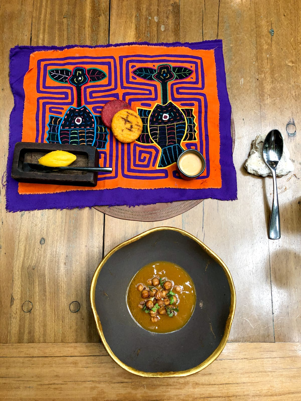 Arepas and chickpea soup