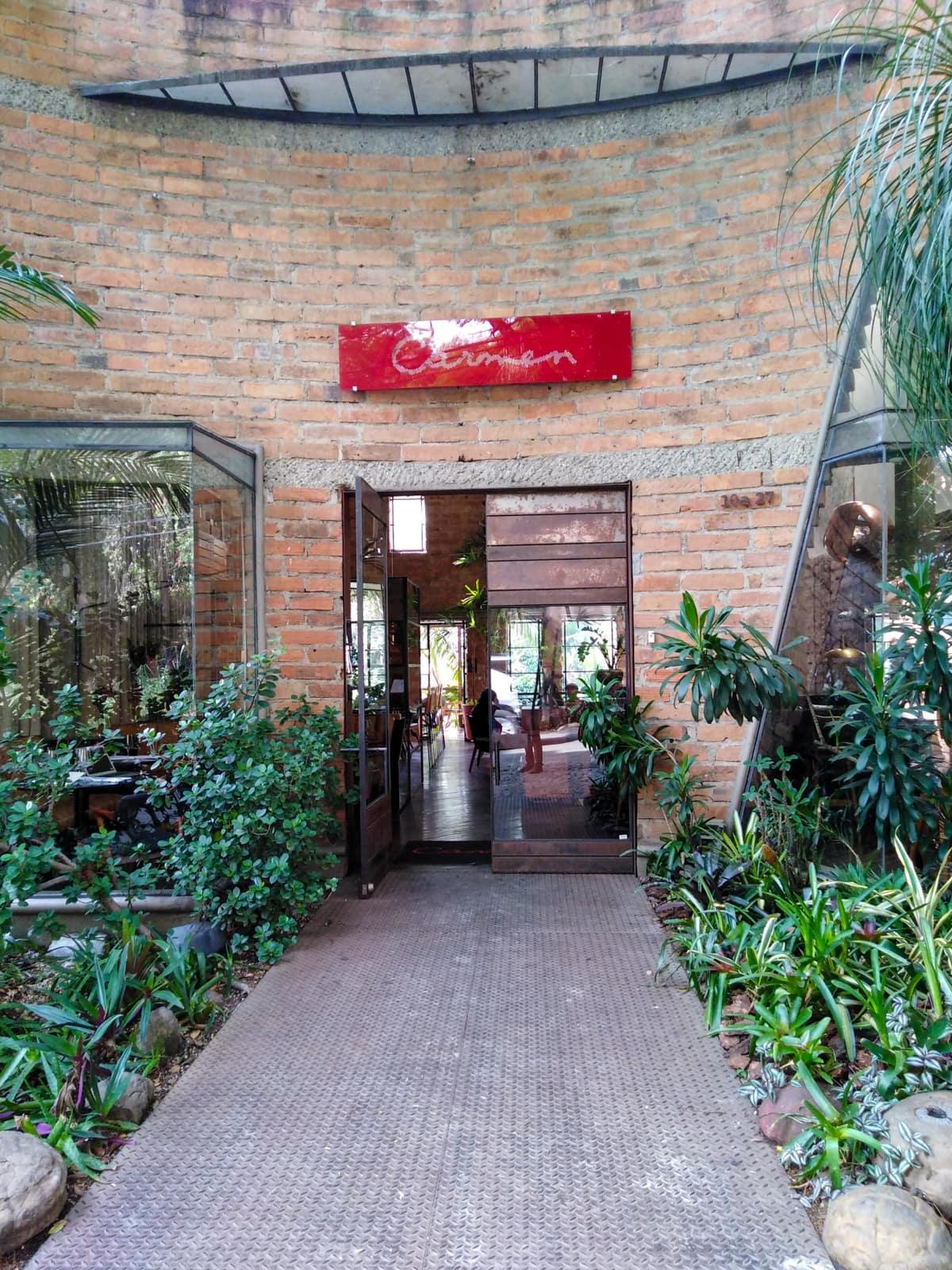 Carmen Medellín entrance