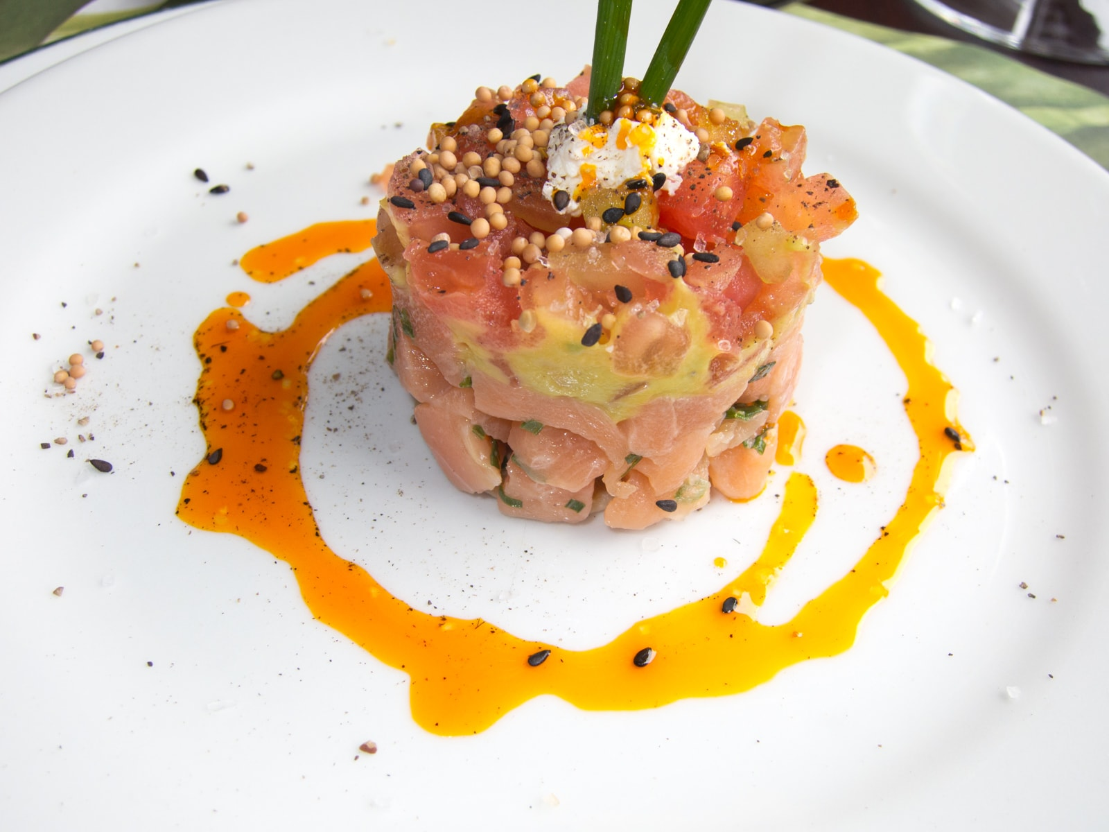 Salmon tartare at Il Situ in Medellín, Colombia