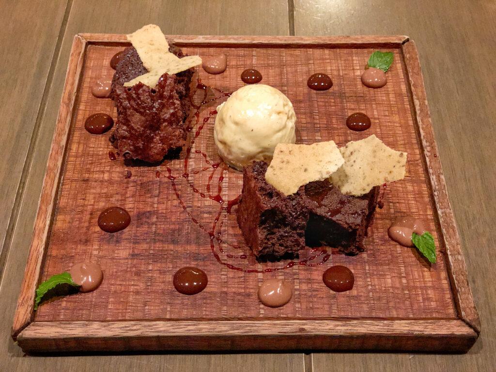 Chocolate, Brazil nuts, and Brazil nut ice cream at ámaZ Restaurante